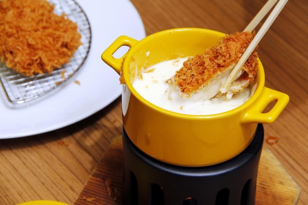 Maisen-Katsu-Cheese-Fondue-10