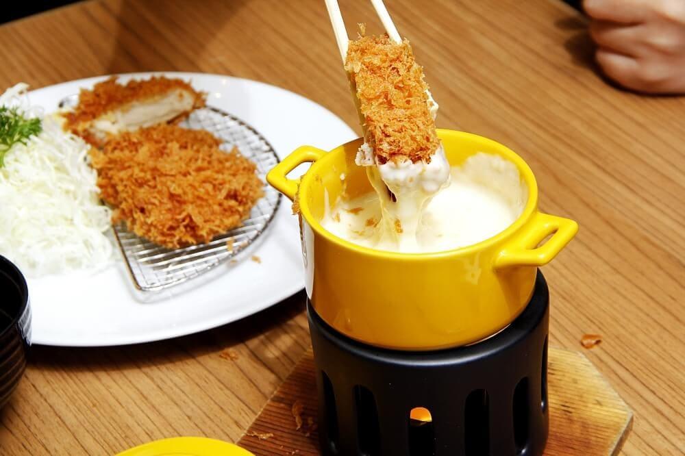 Maisen-Katsu-Cheese-Fondue-9