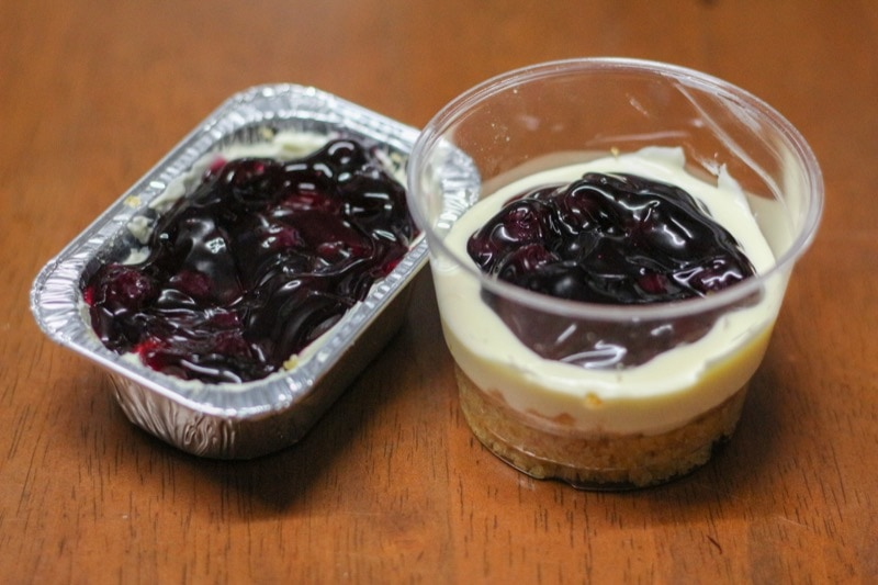 cooking-blueberry-cheese-pie-27