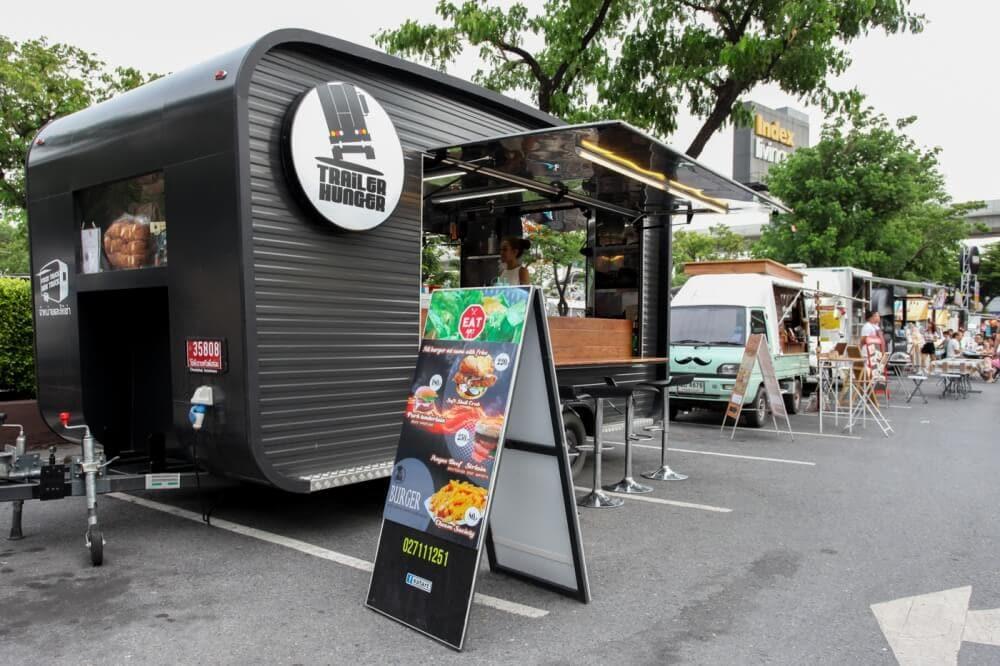 food-truck-festival-Central-Rattanathibet-july-2016-1