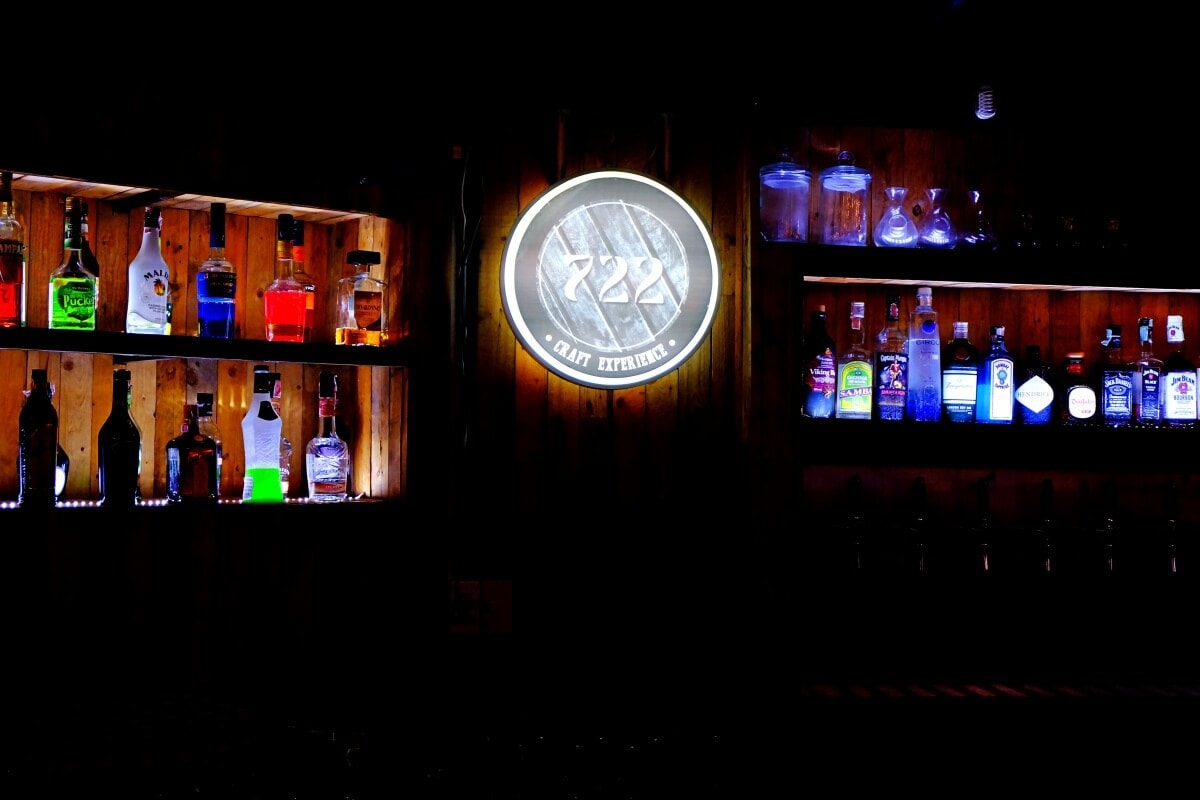 review-722-craft-experience-rooftop-bar-and-restaurant-47