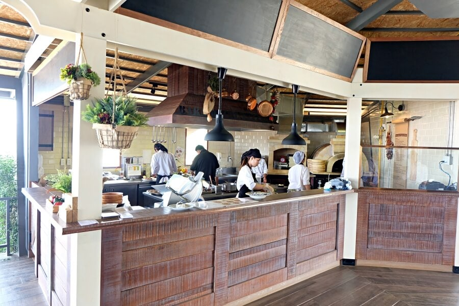 review-barn-house-pizzeria-at-singha-park-22