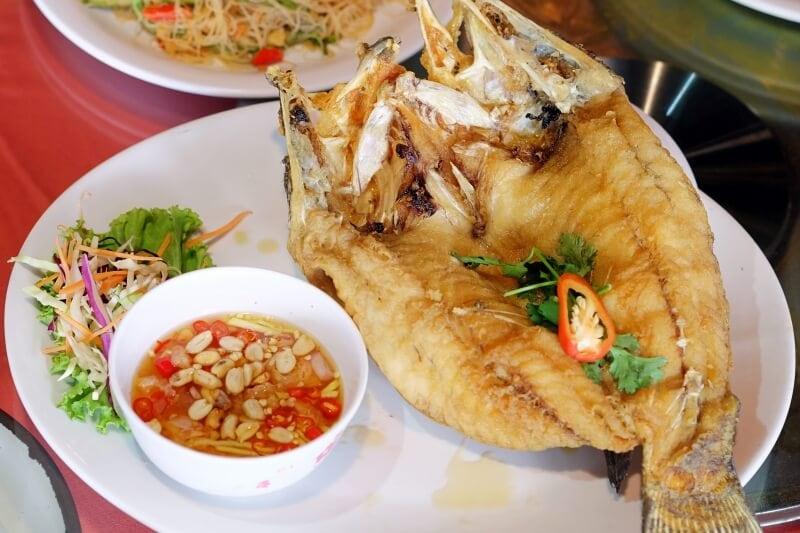 review-jeneor-premium-restaurant-36