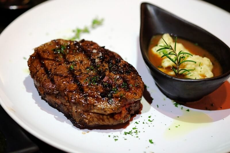 review-meat-bar-31-steak-house-22