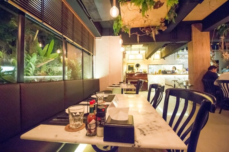 review-meat-bar-31-steak-house-45