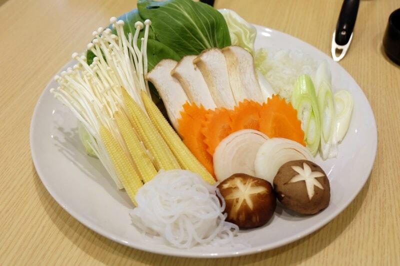 review-penguin-eat-shabu-buffet-94