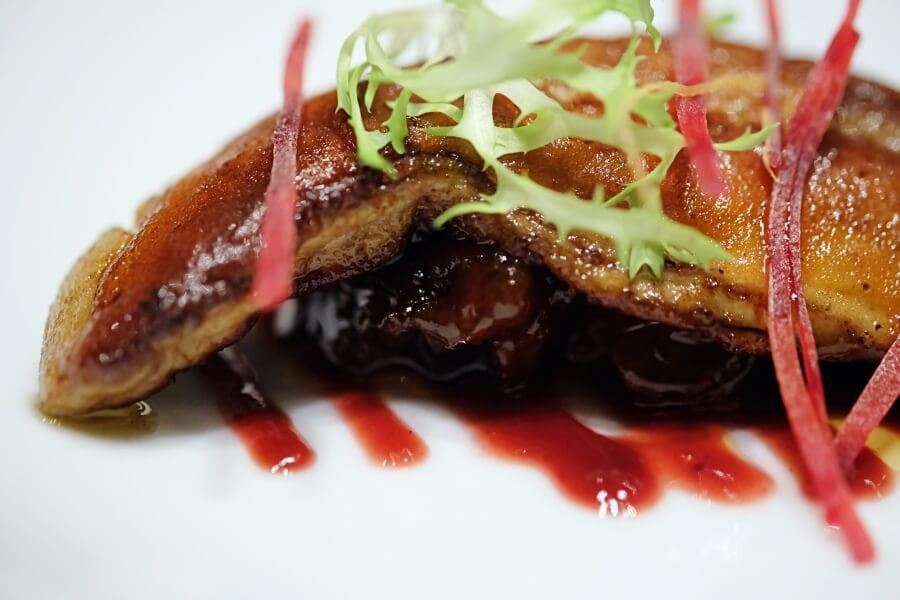sunday-brunch-buffet-at-flow-restaurant-millennium-hilton-100