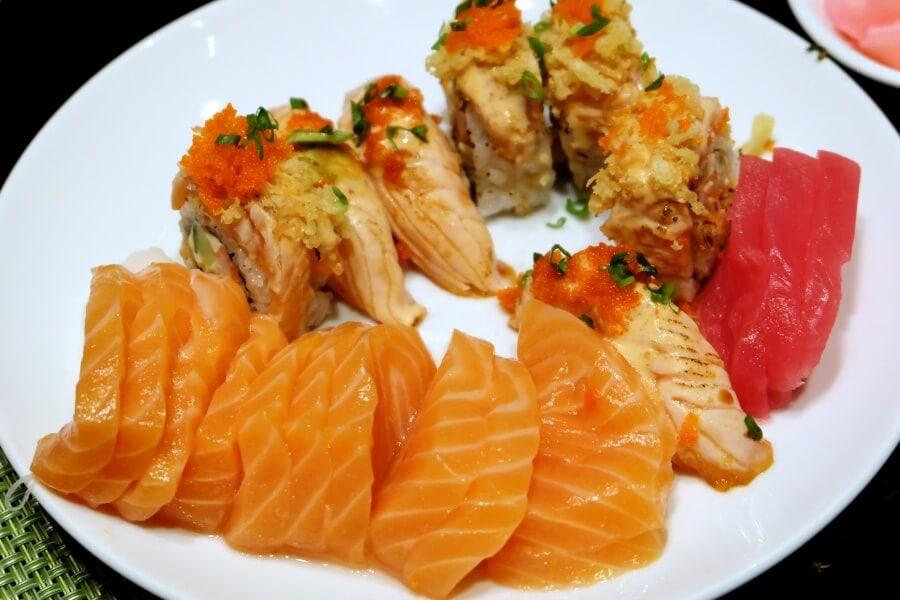 sunday-brunch-buffet-at-flow-restaurant-millennium-hilton-105