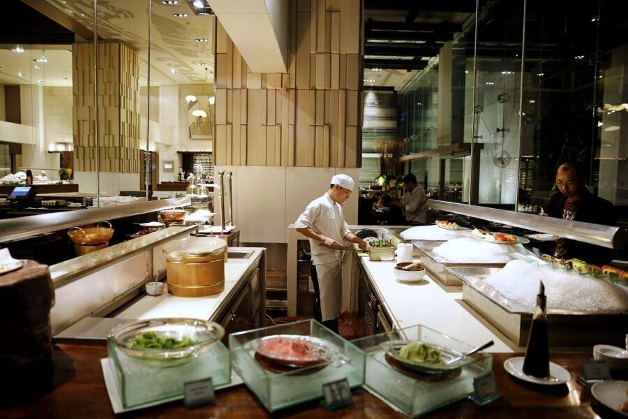 sunday-brunch-buffet-at-flow-restaurant-millennium-hilton-50